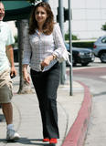 Rachael Leigh Cook - Cafe Med in West Hollywood - August 17, 2009 (x4)