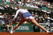 http://img149.imagevenue.com/loc15/th_750939403_Maria_Sharapova_French_Open_2015_Rnd2_011_122_15lo.jpg