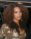 Beyonce Knowles, MTVs 'Total Request Live' - Arriving - Leaving (28/02/2007)