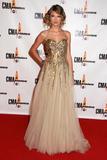 th_90325_Ttaylor_Swift_9_The_43rd_Annual_CMA_Awards_984_122_256lo.jpg