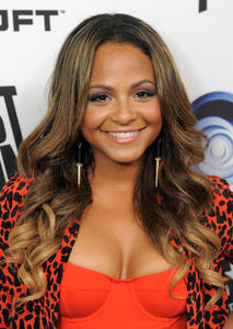 http://img149.imagevenue.com/loc50/th_310268335_ChristinaMilian_JustDance4Launch_1_122_50lo.jpg