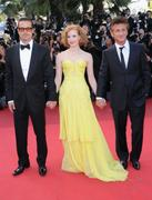 th_91427_Tikipeter_Jessica_Chastain_The_Tree_Of_Life_Cannes_118_123_507lo.jpg